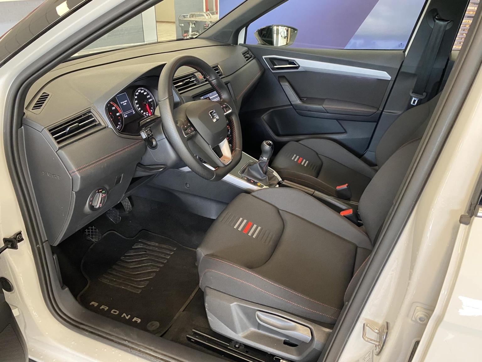 SEAT-Arona-10