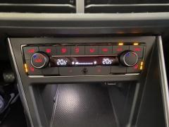 Volkswagen-Polo-32