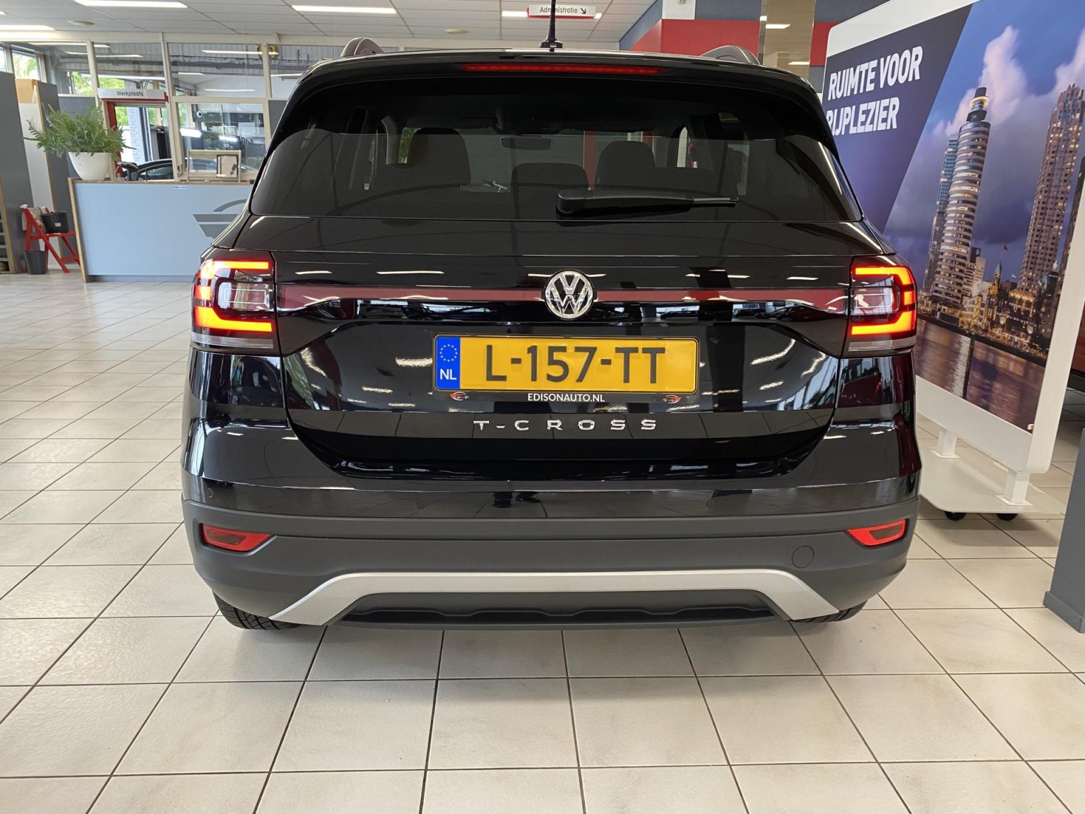 Volkswagen-T-Cross-4